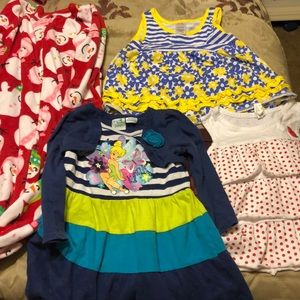 Bundle of size 3T girls clothes in excellent shape
